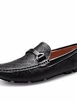 Недорогие -Муж. обувь Кожа Лето Мокасины Мокасины и Свитер для Офис и карьера Белый Черный