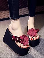 Недорогие -Жен. Обувь Этиленвинилацетат Лето Мокасины Тапочки и Шлепанцы Микропоры Круглый носок Искусственный жемчуг для Повседневные Темно-синий
