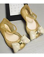 Недорогие -Девочки Обувь ПВХ Лето Удобная обувь Сандалии для Золотой / Серебряный
