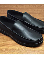 Недорогие -Муж. обувь Кожа Весна Удобная обувь Мокасины и Свитер Черный