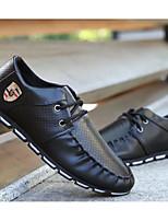 Недорогие -Муж. обувь Полиуретан Осень Удобная обувь Туфли на шнуровке Белый / Черный