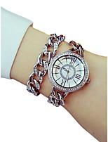 baratos -Mulheres Quartzo Bracele Relógio Japanês Cronógrafo / imitação de diamante / Luminoso Lega Banda Luxo / Elegant Prata / Dourada / Ouro