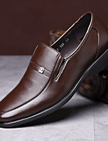 Недорогие -Муж. обувь Искусственное волокно Весна Удобная обувь Мокасины и Свитер Черный / Коричневый