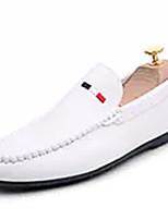 Недорогие -Муж. обувь Полиуретан Осень Мокасины Мокасины и Свитер Белый / Черный / Красный