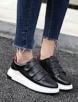 Недорогие -Жен. Обувь Искусственное волокно Весна Удобная обувь Кеды На плоской подошве Белый / Черный