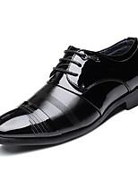 baratos -Homens sapatos Micofibra Sintética PU Primavera Outono Conforto Oxfords para Escritório e Carreira Preto