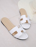 cheap -Women's Shoes PU(Polyurethane) Summer Comfort Slippers & Flip-Flops Flat Heel White / Black / Silver