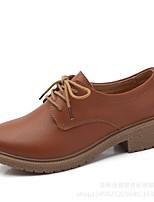 abordables -Femme Chaussures Cuir Printemps Confort Oxfords Talon Plat Noir / Marron / Vin