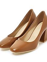abordables -Femme Chaussures Polyuréthane Eté Confort / Nouveauté Chaussures à Talons Talon Bottier Bout carré Marron / Amande / Soirée & Evénement