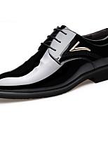 Недорогие -Муж. обувь Искусственное волокно Весна Удобная обувь Туфли на шнуровке Черный