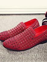 Недорогие -Муж. обувь Кожа Весна Удобная обувь Мокасины и Свитер Черный / Красный