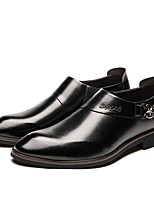 Недорогие -Муж. обувь Искусственное волокно Осень Удобная обувь Мокасины и Свитер Черный / Коричневый / Свадьба