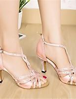 Недорогие -Жен. Обувь для латины Шёлк На каблуках Выступление / Тренировочные На шпильке Танцевальная обувь Розовый