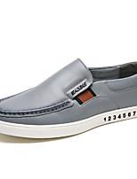 Недорогие -Муж. обувь Кожа Весна Удобная обувь Мокасины и Свитер для на открытом воздухе Черный Серый Коричневый