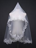 abordables -Une couche A Fleurs / Maille / Robe Convertible Voiles de Mariée Voiles longueur épaule Avec Motif floral perlé & dispersé 59,06 dans (150cm) Polyester / Tulle