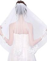 abordables -Une couche A Fleurs / Maille / Coiffures Voiles de Mariée Voiles longueur coude Avec Frange / Fantaisie 31,5 in (80cm) Polyester / Tulle