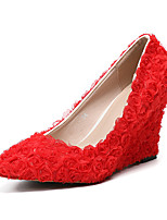 cheap -Women's Shoes PU(Polyurethane) Spring & Summer Basic Pump Wedding Shoes Wedge Heel Pointed Toe Satin Flower Red / Pink / White / Party & Evening