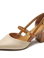 abordables -Mujer Zapatos PU Verano Pump Básico Tacones Tacón Cuadrado Dedo Puntiagudo Beige / Marrón Claro / Fiesta y Noche