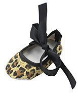 cheap -Girls' Shoes Cotton Spring / Fall Comfort / First Walkers / Crib Shoes Flats Bowknot for Infant Leopard / Wedding / Party & Evening