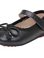 Недорогие -Девочки Обувь Наппа Leather Весна лето Удобная обувь На плокой подошве Бант для Черный / Красный