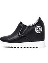 economico -Per donna Scarpe Nappa Primavera estate Comoda Sneakers Polacche Punta chiusa Bianco / Nero
