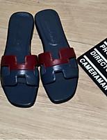 Недорогие -Жен. Обувь Наппа Leather Лето Удобная обувь Тапочки и Шлепанцы На плоской подошве Открытый мыс Серебряный / Красный / Зеленый
