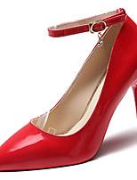 baratos -Mulheres Sapatos Couro Ecológico Verão Plataforma Básica Saltos Salto Agulha Dedo Apontado Branco / Preto / Vermelho