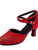 preiswerte -Damen Schuhe für modern Dance Mikrofaser Sandalen Kristall Verzierung Kubanischer Absatz Maßfertigung Tanzschuhe Schwarz / Rot