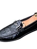 Недорогие -Муж. обувь Полиуретан Весна & осень Мокасины Мокасины и Свитер Белый / Черный / Синий