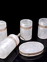 abordables -Set d'Accessoires de Salle de Bain Mignon Moderne Résine 5pcs - Salle de  Bain Simple