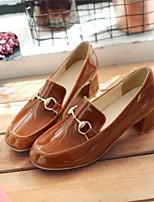 abordables -Mujer Zapatos Cuero de Napa / Cuero Patentado Primavera verano Confort / Talón Descubierto Tacones Tacón Cuadrado Punta cerrada Amarillo / Rojo / Rosa