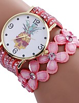 baratos -Xu™ Mulheres Bracele Relógio / Relógio de Pulso Chinês Criativo / Relógio Casual / Adorável PU Banda Flor / Fashion Preta / Branco / Azul / imitação de diamante / Mostrador Grande / Um ano