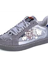economico -Per donna Scarpe PU (Poliuretano) Estate Comoda Sneakers Piatto Punta tonda Lustrini Bianco / Grigio