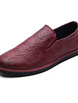 baratos -Homens sapatos Couro Ecológico Verão / Outono Conforto Mocassins e Slip-Ons Preto / Vermelho