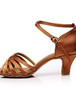 baratos -Mulheres Sapatos de Dança Latina Cetim Sandália / Salto Recortes Salto Carretel Personalizável Sapatos de Dança Marron