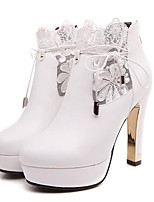 baratos -Mulheres Sapatos Couro Ecológico Outono Gladiador / Botas da Moda Botas Salto Robusto Ponta Redonda Branco / Preto / Festas & Noite