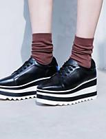 Недорогие -Жен. Обувь Наппа Leather Весна лето Удобная обувь Кеды Микропоры Закрытый мыс Белый / Черный
