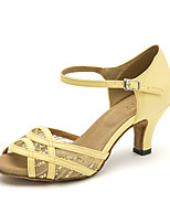 abordables -Mujer Zapatos de Baile Latino PU Sandalia Lentejuela Tacón Cubano Zapatos de baile Beige / Amarillo