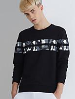 cheap -Men's Basic Sweatshirt - Geometric, Print