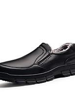 Недорогие -Муж. Наппа Leather Осень Удобная обувь / Флисовая подкладка Мокасины и Свитер Черный / Коричневый