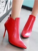abordables -Femme Chaussures Polyuréthane Automne Confort / Bottes à la Mode Bottes Talon Aiguille Noir / Rouge
