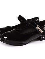 Недорогие -Девочки Обувь Полиуретан Весна & осень Детская праздничная обувь / Крошечные Каблуки для подростков Обувь на каблуках для Белый / Черный