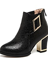 cheap -Women's Shoes Faux Leather Winter Fashion Boots Boots Chunky Heel Round Toe Booties / Ankle Boots Buckle White / Black / Red