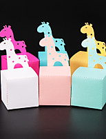 cheap -Cuboid Pearl Paper Favor Holder with Pattern / Print Favor Boxes / Gift Boxes - 50 Pieces