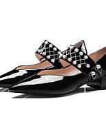 baratos -Mulheres Sapatos Pele Napa Primavera / Outono Conforto / Plataforma Básica Saltos Salto Robusto Preto / Bege