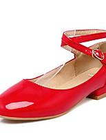 Недорогие -Жен. Обувь Полиуретан Весна Удобная обувь Обувь на каблуках На низком каблуке Белый / Черный / Красный