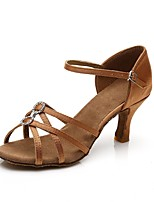 abordables -Femme Chaussures Latines Satin Talon Cristal / strass Mince haut talon Personnalisables Chaussures de danse Marron