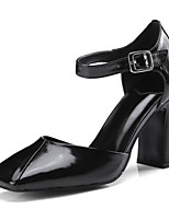 baratos -Mulheres Sapatos Pele Napa Primavera / Outono Conforto / Plataforma Básica Saltos Salto Robusto Preto / Amarelo