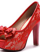 baratos -Mulheres Sapatos Couro Ecológico Primavera Verão Plataforma Básica Sapatos De Casamento Salto Robusto Peep Toe Laço Preto / Bege / Vermelho / Festas & Noite