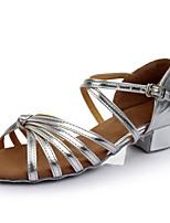 abordables -Mujer Zapatos de Baile Latino Cuero Patentado Sandalia / Tacones Alto Corte Talón grueso Personalizables Zapatos de baile Plateado